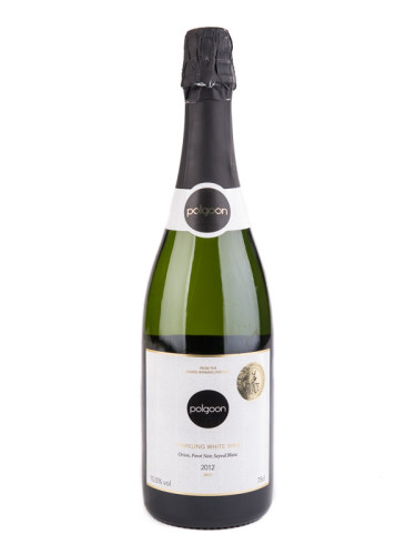 Polgoon_2012_sparkling_white_wine_1.jpg